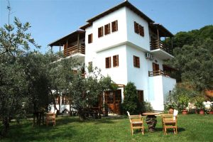 hotel-Alexandros-and-lawn