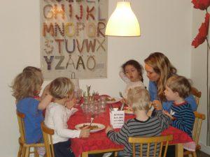 Eating together (2)